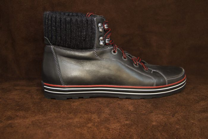 Зимние ботинки 700